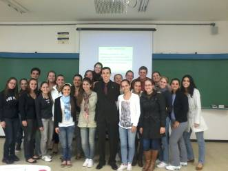 http://www.crefito10.org.br/newsletter/142/142_arquivos/image006.jpg