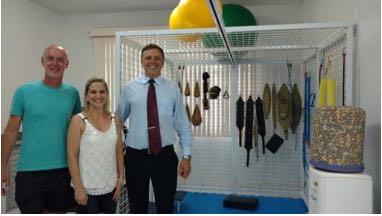 C:\Users\Fernanda\Downloads\Dr. Jean Marcos Baumer, fisioterapeuta APAE Rio do Sul. Daniela Radke, diretora.jpg