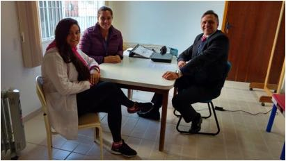 C:\Users\Fernanda\Downloads\Dra Andressa Lorenco, fisio. e Dra. Edna Mallmann, TO APAE Bom Retiro.jpg
